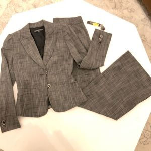 Antonio Melani 2 Piece Suit